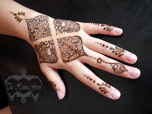 Grid henna